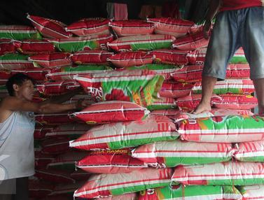 20160105-Awal 2016, Stok Beras di Pasar Induk Cipinang Masih Stabil-Jakarta