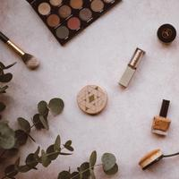 Ilustrasi Makeup (Foto: Annie Spratt on Unsplash)