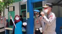 Vaksinasi pelajar dan masyarakat umum di Pemalang, Jawa Tengah. (Foto: Liputan6.com/Humas Polres Pemalang)