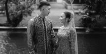 Setelah sempat mengalami putus nyambung, akhirnya Nikita Willy dan Indra Priawan akan menikah. Belum lama ini, keduanya telah resmi bertunangan di hadapan keluarga besar masing-masing. Kisah asmara keduanya pun membuat penasaran banyak orang. (Instagram/indpriw)