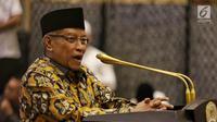 Ketua PBNU Said Aqiel Siradj memberikan sambutan saat acara buka puasa bersama di Jakarta, Rabu (14/5/2019). Acara buka puasa tersebut dihadiri sejumlah tokoh-tokoh dan petinggi partai politik. (Liputan6.com/Johan Tallo)