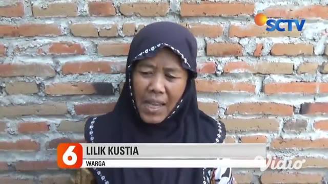 Sebuah makam di tempat pemakaman umum Desa Kesamben, Kecamatan Ngoro, Jombang, Jawa Timur diketahui dibongkar orang tak dikenal. Kain kafan ibu muda yang bersebelahan dengan makam bayinya hilang. Senin siang, kain kafan hilang, berhasil ditemukan di ...