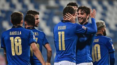 FOTO: Italia Buka Peluang ke Semifinal, Bekap Polandia 2-0