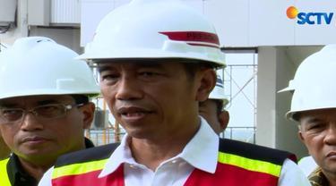 Presiden meminta agar pembangunan bandara dipercepat terutama terminal penumpang dan landasan pacu.