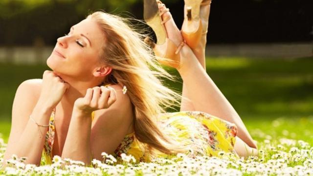 [Bintang] 10 Arti Kepribadian untuk Kamu yang Suka Warna Kuning