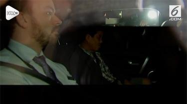 Seorang wanita paruh baya ditangkap oleh kepolisian Australia. Penangkapan tersebut terkait kasus teror kontaminasi jarum jahit dalam buah stroberi.