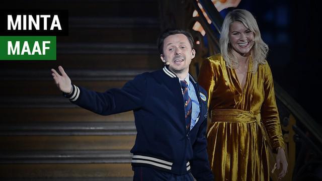 Berita video salah satu presenter Ballon d'Or 2018, DJ Martin Solveig, meminta maaf setelah acara karena dianggap melecehkan peraih trofi untuk kategori wanita, Ada Hegerberg, di atas panggung.