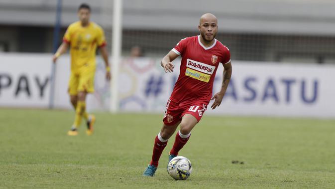 Pemain Perseru Badak Lampung FC, Marquinhos Carioca, (Bola.com/M Iqbal Ichsan)