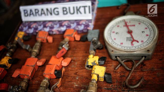 Polisi Bongkar Praktik LPG Oplosan di Cipayung