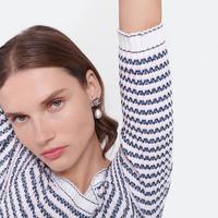 Simak deretan produk membersihkan wajah dasar dari Chanel.