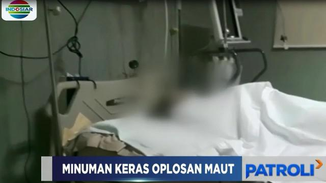 Wanita ini mengeluh sakit di bagian perut dan muntah-muntah, lantas keluarga membawa korban ke rumah sakit.