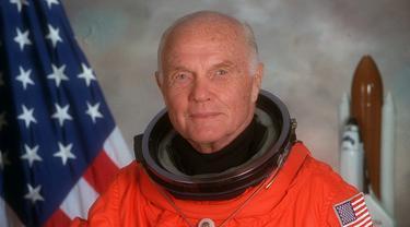 John Herschel Glenn, astronot Amerika Serikat