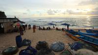 Objek wisata pantai di Bantul dan Gunungkidul sepi meski sudah libur Natal dan tahun baru. (Foto: Liputan6.com/Hendro)