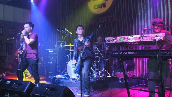 Grass Rock tampil memukau sebagai bintang tamu di Konser