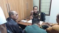 Penyidik Direktorat Reserse Kriminal Umum Polda Metro Jaya telah mengirim tersangka Kivlan Zen dan juga berkasnya ke Kejaksaan untuk segera disidangkan.