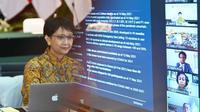 Menlu Retno Marsudi memimpin pertemuan virtual COVAX AMC Engagement Group (EG) Meeting ke-4 pada Senin (17/5). (Dok: Kemlu RI)