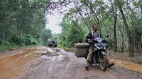 Jalan rusak di Sumsel (Dok Kementrian PUPR / Nefri Inge)