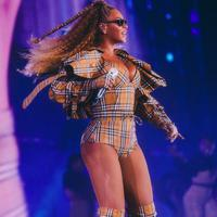 Beyonce in Burberry - Photo: Driely S Carter
