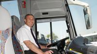 Wakil Menteri Kesehatan, Ali Gufron Mukti mengimbau para supir bus untuk mengikuti pemeriksaan kesehatan.