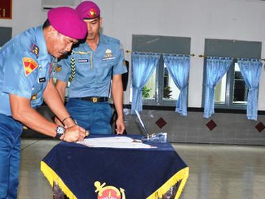 Citizen6, Cilandak: Sebelumnya Kolonel Marinir Yuliandar menjabat Danlanmar Surabaya, sedangkan Kolonel Marinir M.Sulkhan selanjutnya mengikuti Sesko TNI. (Pengirim: Marinir)