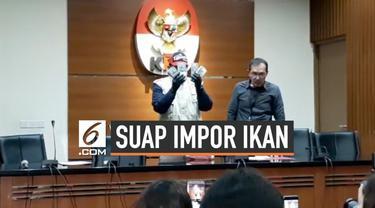 Komisi Pemberantasan Korupsi (KPK) menetapkan Direktur Utama (Dirut) Perum Perikanan Indonesia (Perindo) Risyanto Suanda sebagai tersangka kasus dugaan suap kuota impor ikan. Selain Risyanto, KPK juga menjerat Direktur PT Navy Arsa Sejahtera Mujib Mu...