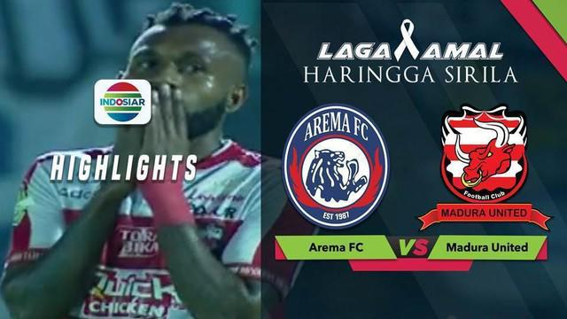 Pemain Madura United, Engelberd Sani gagal mengonversi peluang emasnya menjadi gol saat menghadapi Arema FC dalam laga amal untuk Haringga Sirla, Sabtu (29/9/2018)