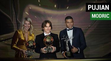 Berita video komentar pujian gelandang Real Madrid asal Kroasia, Luka Modric, untuk pesaingnya, Kylian Mbappe dan Antoine Griezmann, setelah ia menerima trofi Ballon d'Or 2018.