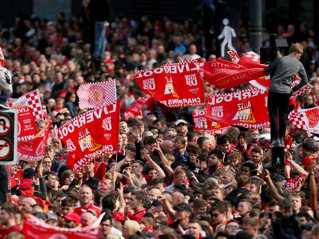 Survei: Fans Lebih Suka Leeds United Promosi Ketimbang Liverpool Juara -  Bola Liputan6.com