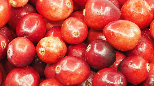 10 Manfaat Buah Cranberry