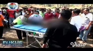 Seorang pria ditemukan tewas mengenaskan di hutan jati di Desa Ambal Ambil, Kecamatan Kejayan, Kabupaten Pasuruan, Jawa Timur.