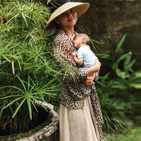 Gempa bumi berkekuatan 7 SR menghampiri Lombok. Chrissy Teigen yang tengah liburan di Bali pun ikut merasakan efeknya. (instagram/chrissyteigen)