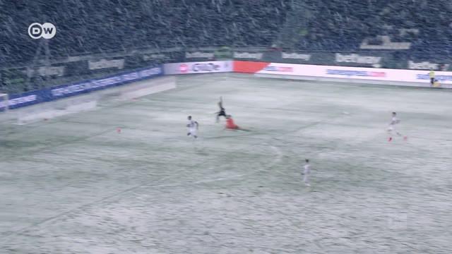 Berita Video Sedih, Saat Salju Gagalkan Gol Penting Hannover