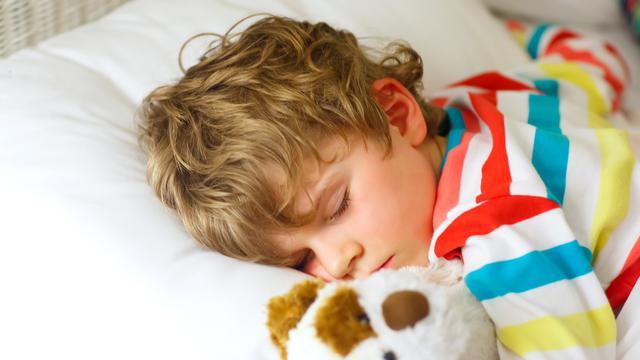 Ilustrasi Sahur, Bangun Sahur, Tidur, Anak (iStockphoto)
