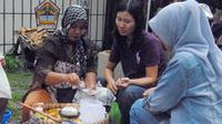 Warga Semarang zaman dulu ternyata sudah memiliki resep menghangatkan badan dengan minum suatu ramuan.