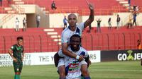 PSIS Semarang vs PS Tira di Stadion Sultan Agung, Bantul, Rabu (16/10/2018). (Bola.com/Ronald Seger)