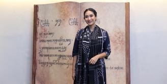 Aktris Happy Salma tengah mengandung anak kedua buah cintanya dengan Tjokorda Bagus Dewi Kertayasa. Meski mengaku hamil, Happy tak mau menjelaskan usia kehamilannya. (Daniel Kampua/Bintang.com)