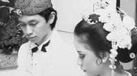 Addie MS mengunggah potret pernikahannya dengan Memes saat merayakan ulang tahun pernikahan ke-34 tahun (dok.instagram/@addiems999/https://www.instagram.com/p/CTu6DDyhsq_/Komarudin)