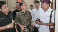Dirjen Kependudukan dan Pencatatan Sipil Kementerian Dalam Negeri, Zudan Arif Fakrulloh memastikan tak ada warga yang kehilangan hak politiknya pada Pilkada Serentak 27 Juni 2018. (Liputan6.com/Dewi Divianta)