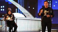 Cagub DKI nomor urut satu, Agus Harimurti Yudhoyono saat memberikan pemaparan pada Debat Cagub DKI Putaran Kedua di Hotel Bidakara, Pancoran, Jakarta, Jumat (27/1). (Liputan6.com/Faizal Fanani)