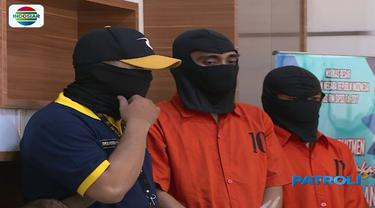 Petugas Bareskrim Polri meringkus lima tersangka grup 'saracen'  yang dituding sebagai penyebar kebencian berbau sara di media sosial.