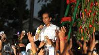 Jokowi-JK mulai sibuk menyusun kabinet, Jokowi pun meminta rakyat memberikan masukan susunan kabinetnya.