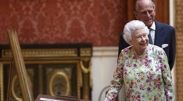 Ratu Elizabeth II dan sang suami Pangeran Philip