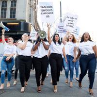 London Fashion Week 2019 juga diprotes model berbadan sintal soal positivitas tubuh (Foto: Instagram/simplybeuk)