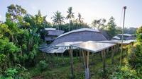 Huawei hibahkan inverter tenaga surya untuk kepada Green School Bali (Dok. Huawei)