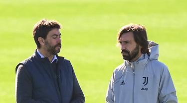 Pelatih Juventus, Andrea Pirlo mempersiapkan timnya menghadapi Barcelona di babak penyisihan grup Liga Champions 2020