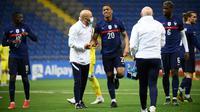 Anthony Martial mengalami cedera lutut saat membela Timnas Prancis melawan Kazakhstan pada laga Kualifikasi Piala Dunia 2022. (AFP/Frank Fife)