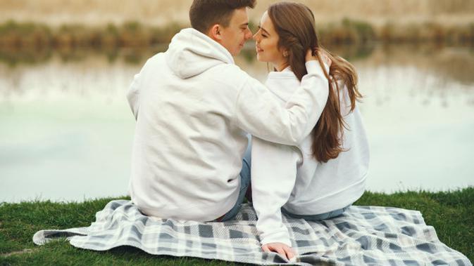 Ilustrasi Pasangan Suami Istri Credit: pexels.com/pixabay