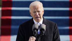 Presiden Joe Biden berbicara selama Pelantikan di US Capitol di Washington, Rabu (20/1/2021). Joe Biden mengalahkan Donald Trump di pemilu AS 2020 dengan perolehan 81 juta suara. (AP Photo/Patrick Semansky, Pool)