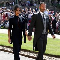 Bukan hanya pengantin saja, gaya berpenampilan tamu yang hadir di Royal Wedding juga jadi bahan pembicaraan publik. (Sumber foto: enews/instagram)