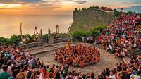 Budaya tari kecak di Bali (foto: comejourney).